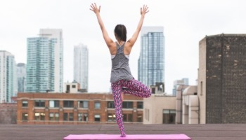 Todo lo que necesitas saber para comenzar a practicar Yoga